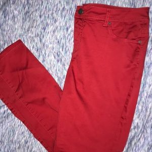 EUC skinny pants